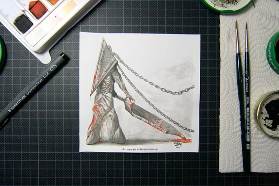 Red Pyramid Thing M-Size